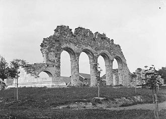 Cathedral Ruins in Hamar - Photograph of the ruins  Axel Lindahl, 1890s