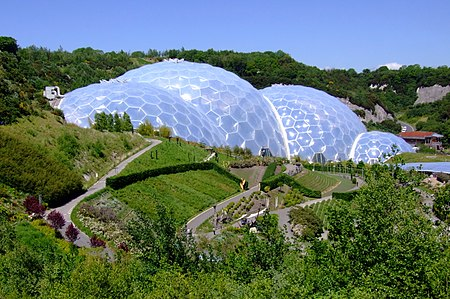 Eden Project, Cornwall, England-29May2009.jpg