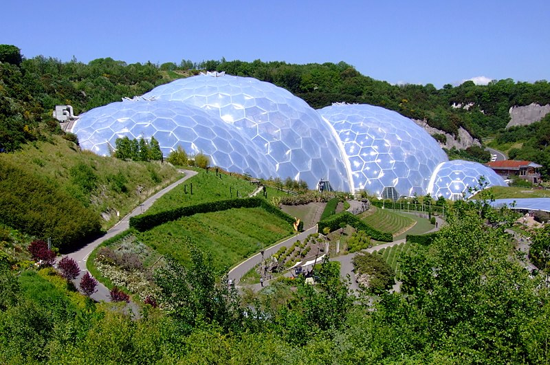Datei:Eden Project, Cornwall, England-29May2009.jpg