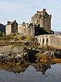 Eilean Donan Castle 14 (37402149196).jpg