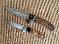 Elk Ridge Hunting Knives (12423804325).jpg