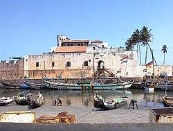 Elmina slave castle.jpg