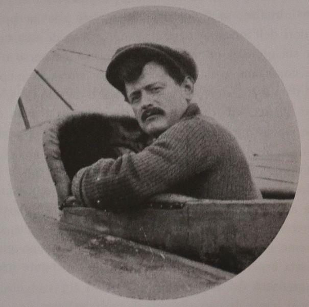 File:Enrico Cobioni 1912.JPG