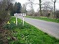 Entering Honiley - geograph.org.uk - 1802358.jpg
