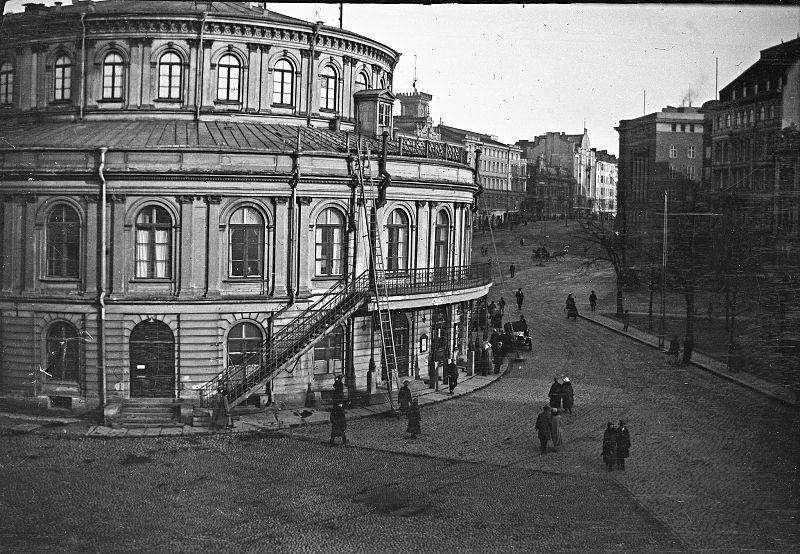 File:Erottaja 1920.jpg