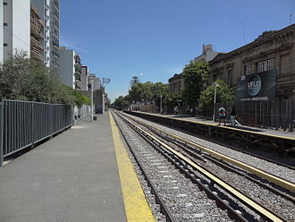 Flores, Buenos Aires - Image: Estación Flores 10