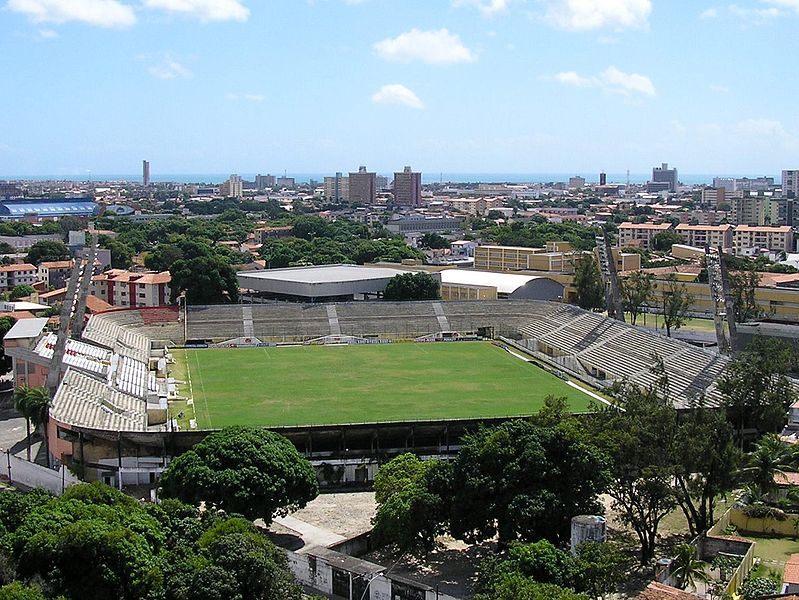 Ficheiro:EstadioPesidenteVargas.JPG