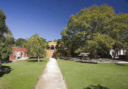 View of the Hacienda Uayamon. Exterior Hacienda Uayamon.jpg