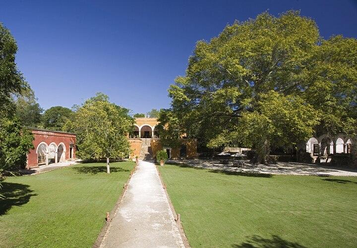 Exterior Hacienda Uayamon