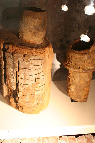 Pipe (fluid conveyance) - Historic water mains from Philadelphia included wooden pipes