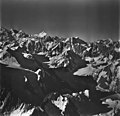 Fairweather Glacier, mountain glaciers, August 26, 1979 (GLACIERS 5453).jpg