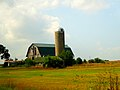 Farm with a Silo - panoramio (4).jpg