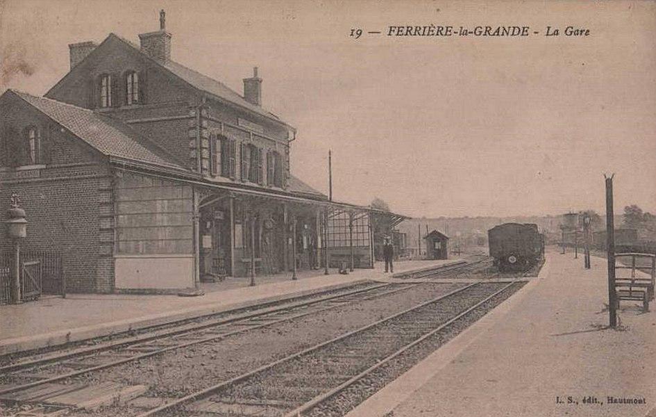Gare de Ferrière-la-Grande, Nord, Nord-Pas-de-Calais, France.