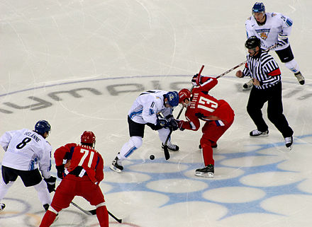 Finland vs Russia in the Winter Olympics 2006 in Turin. Finlande Russie.jpg