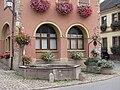 Fontaine et puits Westhalten.jpg