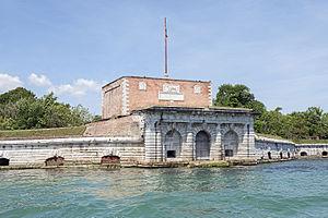 Vignole - Image: Fort San Andrea Isola di Sant'Andrea