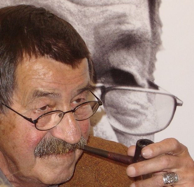 File:Günter Grass, 2004.jpg