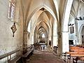 Galerie de gauche, de l'église saint Férréol.jpg