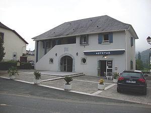 Garindein - The town hall of Garindein