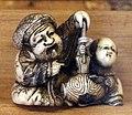 Giappone, periodo edo, netsuke (fermaglio per inroo), xix secolo, 006 uomo e bambino.jpg