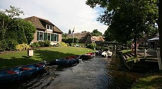 Giethoorn - Canals of Giethoorn in 2014
