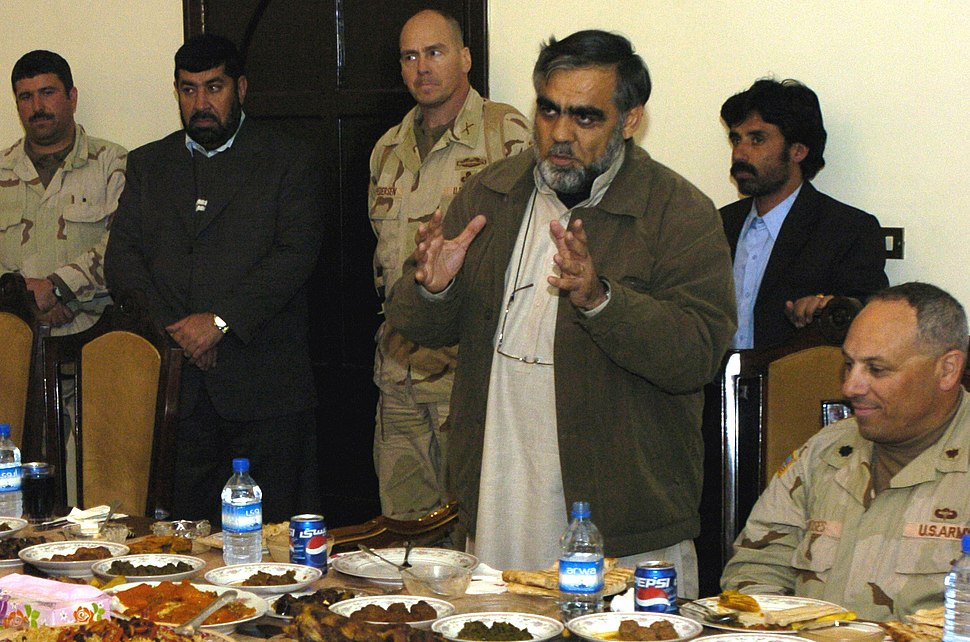 Governor Pashtun briefing to US Army Joint Task Force