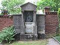 Grabmal Eduard Betzinger - Oberamtsrichter.jpg