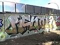 Graffiti in Piazzale Pino Pascali - panoramio (37).jpg