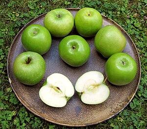 Granny Smith, en av de vanligaste äppelsorterna i handeln.
