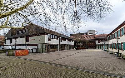 Grimmelshausen-Gymnasium (Offenburg) jm60635.jpg