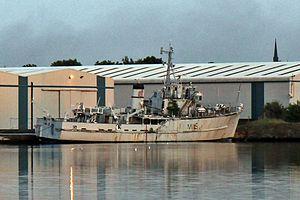 HMS Bronington (M1115) - Image: HMS Bronington (M1115), West Float, Birkenhead (geograph 4520417)