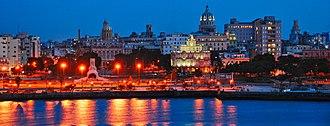 Old Havana - Image: Habana Vieja de noche