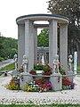 Hassia-Quelle Bad Vilbel 877-Ld.jpg