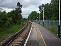 Hinchley Wood stn northbound look north2.JPG