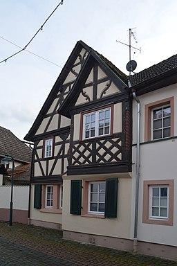 Rathausstraße in Hochheim am Main