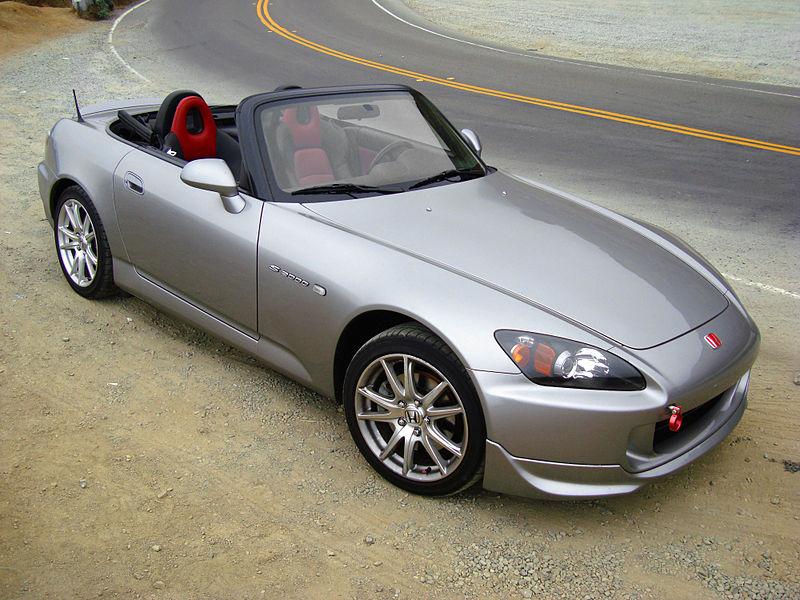 800px-HondaS2000-007.jpg