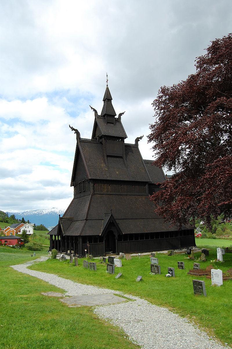 Hopperstad stave church 2009.JPG