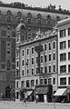 Hotel Astor and Astor Theatre, Manhattan - crop.jpg