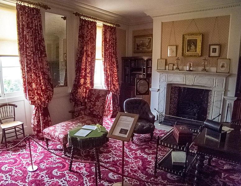File:Hughenden Manor (7076300217).jpg