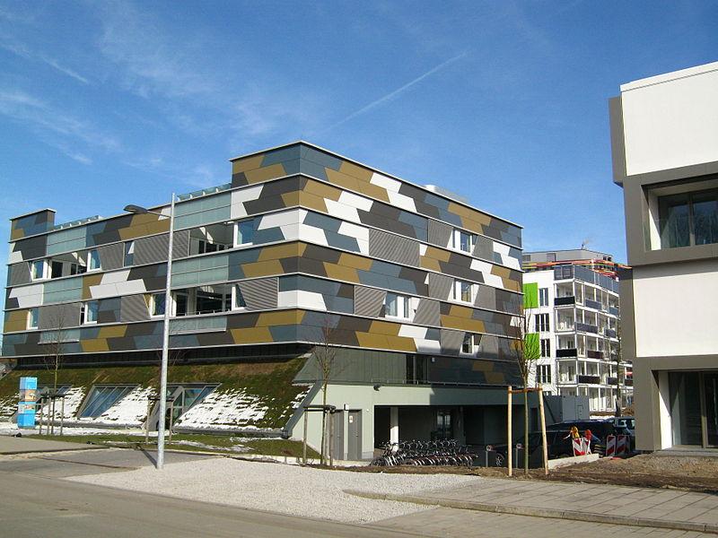 File:Hybrid House IBA.JPG