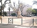 Hyeres - the War memorial - panoramio.jpg