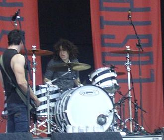 Ilan Rubin - Rubin (right) performing with Lostprophets at the Leeds Festival 2007.