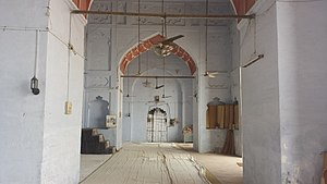 Alamgir Mosque - Interior view