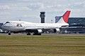 JAL Boeing 747-400 YUL 2009.jpg