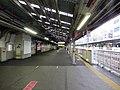 JR Kyobashi Station No.3 platform on 13th April 2020.jpg
