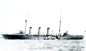 Japanese cruiser Tone (1907) - Image: Japanese cruiser Tone at Portsmouth 1911