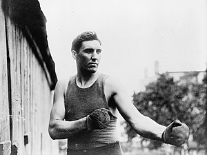 Jess Willard - Image: Jess Willard 1915