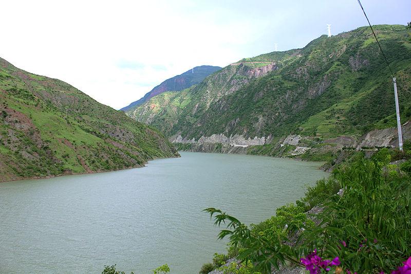 File:Jinshajiang River near Ludila Hydropower Station.jpg