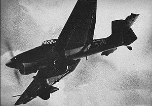 """Descent (aeronautics) - Ju 87B """"Stuka"""" dive bomber"""