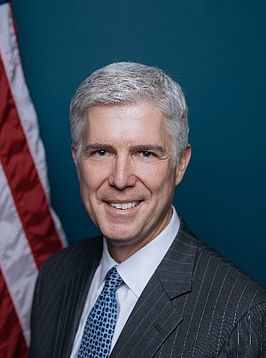 Judge Gorsuch official portrait.jpg